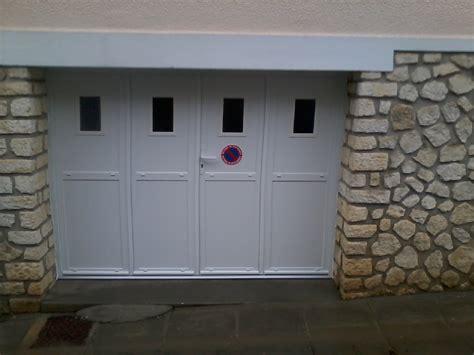 Porte De Garage Aluminium 4 Vantaux 4157 by Portes De Garage Isolation Service Menuiserie Pose De