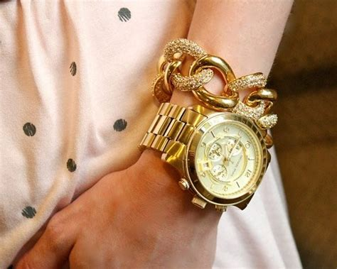 fashion trend oversized watches style motivation
