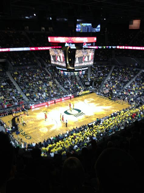 Usc Vs Ucla Part Time Mba by Warsaw Students Continue Quot Chasing The Quot Uo Business