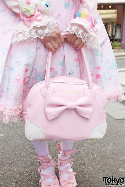 Theresia Cape Pink Tk Hioy harajuku in angelic pretty world