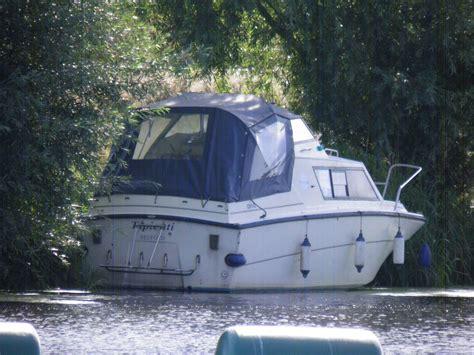 ebay cruiser boats 20 ft waverider river cruiser boat diesel inboard