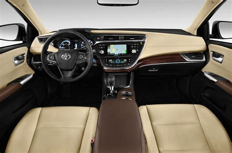 2014 toyota avalon hybrid xle premium 2014 toyota avalon hybrid cockpit interior photo