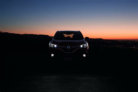 renault kadjar 2018 renault kadjar updated with cvt range topping tce