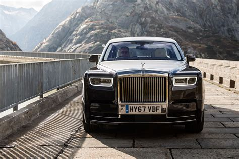 roll royce fantom 2018 rolls royce phantom first drive review automobile