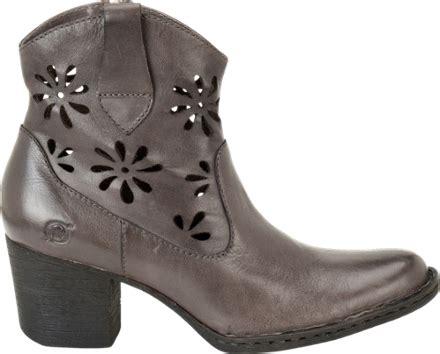 born boots s rei garage