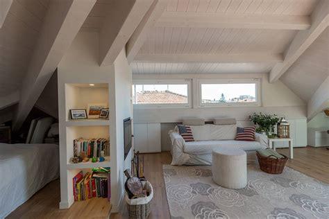 arredare una soffitta la finestra adatta per ogni angolo della casa arredare la