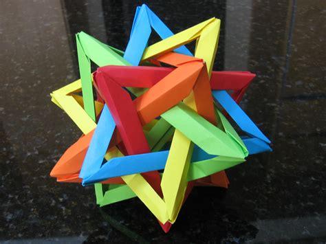 Hull Origami - origami
