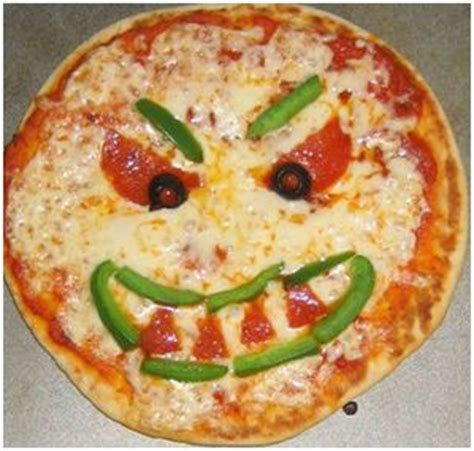 Scary Pizza scary pumpkin pizza easy pumpkins and