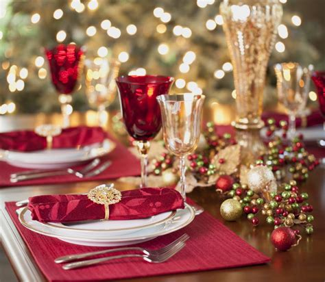 how to set a christmas table amazing christmas table settings twuzzer
