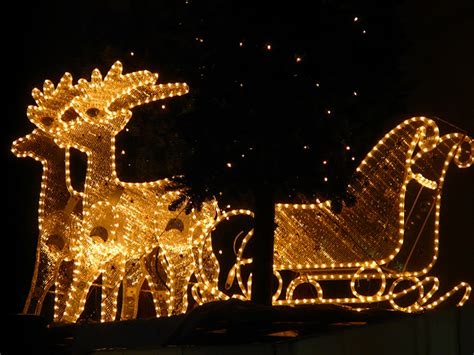 lights in pigeon forge december in pigeon forge events activities