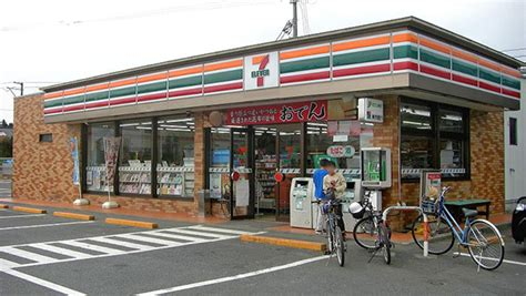Liquor Store Floor Plans by 10 Things Japan Gets Awesomely Right Soranews24