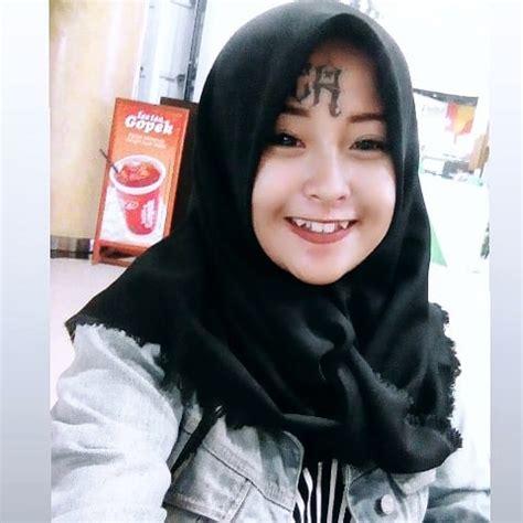 gaya hijab anak punk  hijrah  wajah bertato