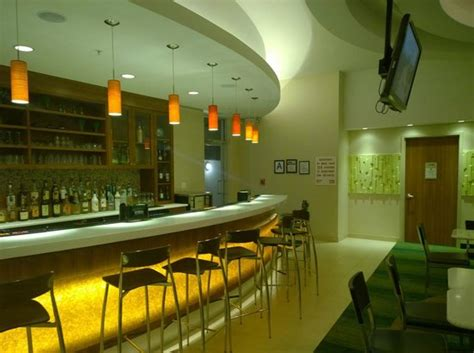 delta rooms nyc reviews bar picture of springhill suites by marriott new york laguardia airport corona tripadvisor