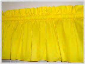 Yellow Valance 301 Moved Permanently