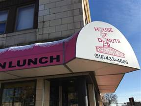 hicksville s house of donuts and more than a few retro