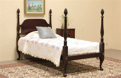 twin poster bed sold pineapple 4 poster twin size 1925 mahogany bed