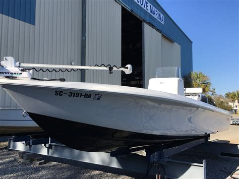 contender boats hull truth 2014 contender 25 bay the hull truth boating and