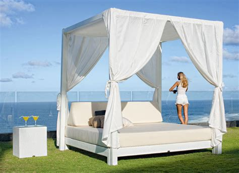 camas de jardin cama con dosel de jard 237 n melqui en portobellostreet es