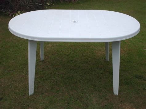 white plastic garden table in woodford halse