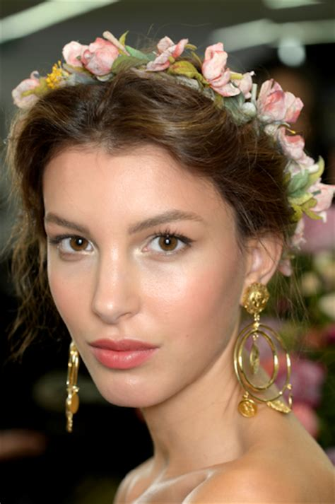 what will 2015 spring hairstyles look like makeup trends spring summer 2015 get the look dolce
