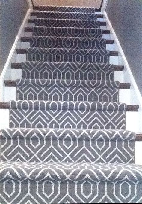 geometric pattern carpet for stairs patterned carpet on stairs carpet menzilperde net