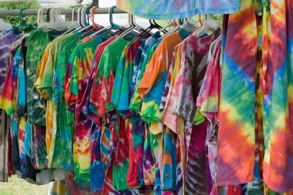 1960s hippie fashion lovetoknow male fashion of 1960s lovetoknow