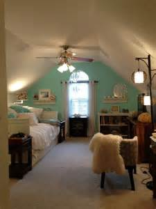 Cape Cod Bedroom Ideas 25 Best Upstairs Bedroom Ideas On Pinterest Attic