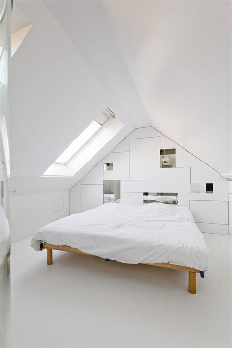 minimalistic bed 20 minimalist bedrooms for the modern stylista