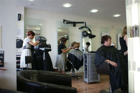 You Can Delay Salon Visits With The Right Shoo 2 by Avant Garde Hair Harlow Bishops Stortford