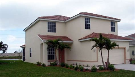 2 story home for rent in ne cape coral lont term rental