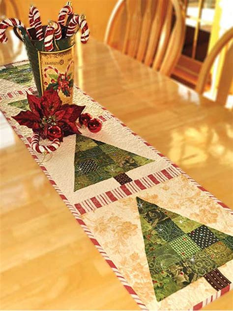 Patchwork Christmas Tree Runner Pattern | patchwork christmas tree table runner pattern