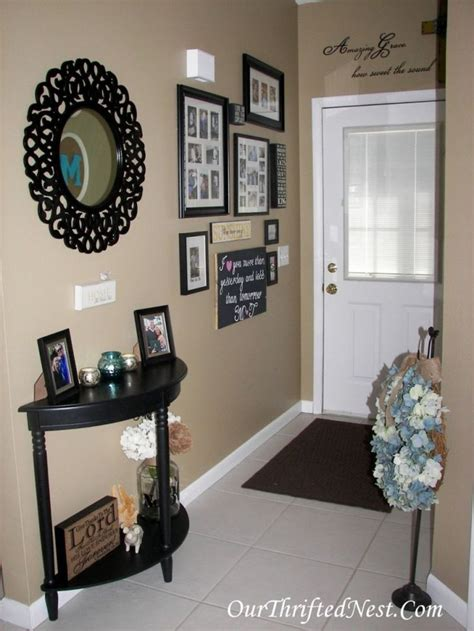 entryway decorations 25 best ideas about small entryway tables on pinterest