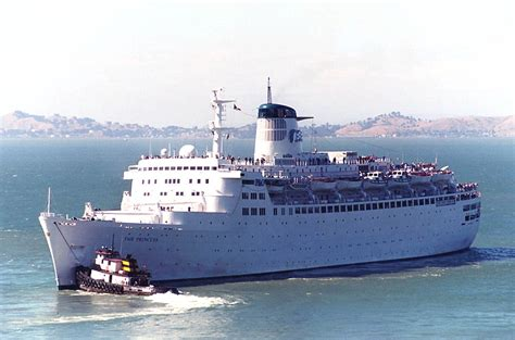 cruises departing from san francisco sitmar cruises tss fairsea and the tss fairwind 1971 1972