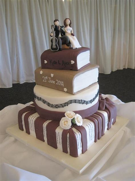 Unique wedding cakes from Cakes For All UK