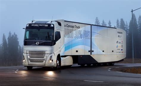 2017 volvo semi truck volvo truck concept points to a future of hybrid big rigs