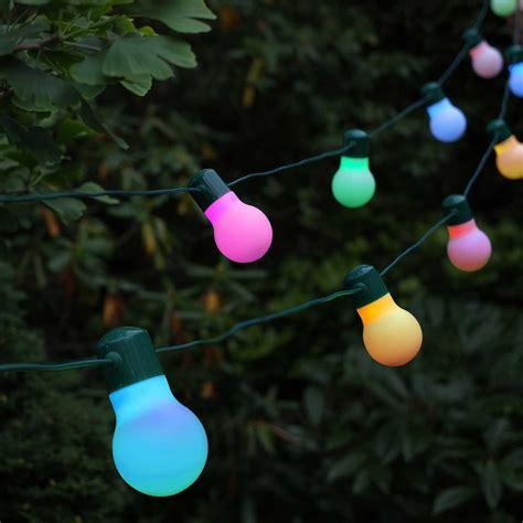20 outdoor lights 20 colour changing solar festoon lights lights4fun co uk