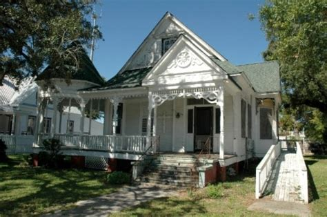 House For Rent In Biloxi Ms 900 4 Br 3 Bath 4909 House Rentals In Biloxi Ms
