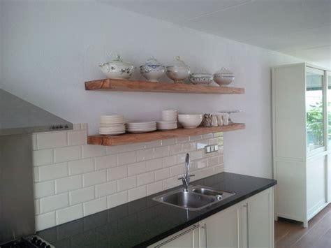 houten planken keuken eiken keuken plank opbergplank creatief met hout