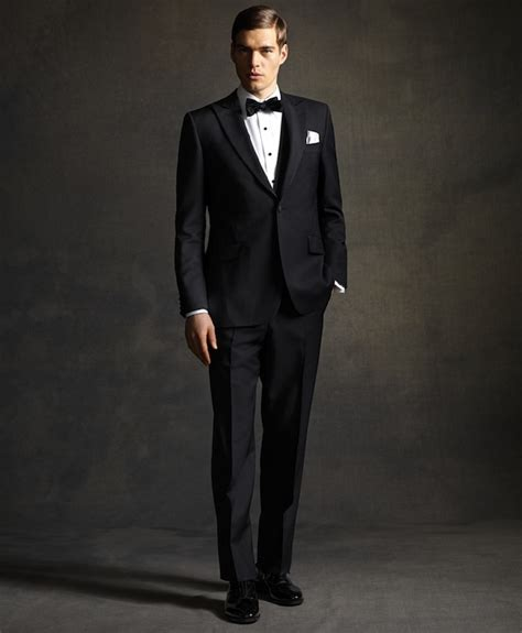 theme of gesture in the great gatsby the great gatsby inspired clothing line makes you look