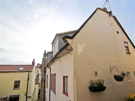 Cottage Robin Hoods Bay by Brincliffe Cottage Robin Hood S Bay Robin S Bay