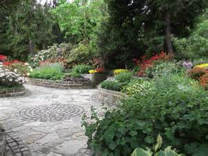 Paving Ideas For Gardens Garden Paving Designs Ideas
