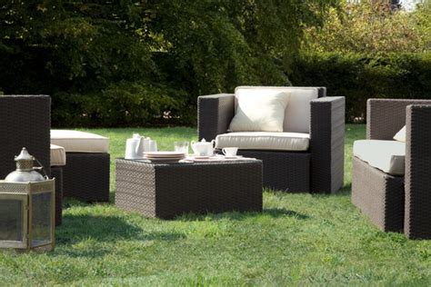 comfortable garden furniture for your outdoor living room