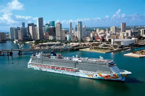 norwegian cruise recruitment norwegian cruise line celebrates 50 years park west gallery