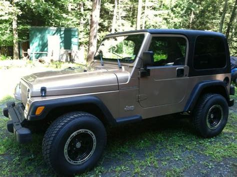 1999 Jeep Wrangler Se Find Used 1999 Jeep Wrangler Se Sport Utility 2 Door 2 5l