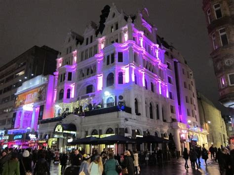 Great Location On The Side Of Leicester Square