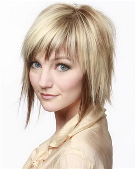 choppy bob haircut with fringe choppy layered hairstyles