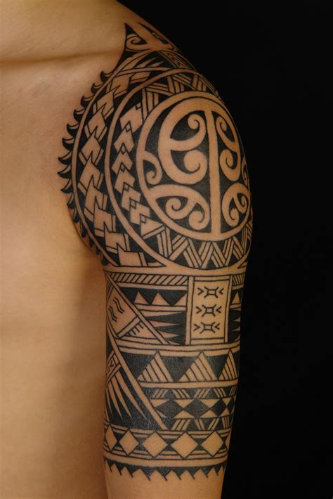 polynesian tattoo sleeve shane tattoos polynesian half sleeve