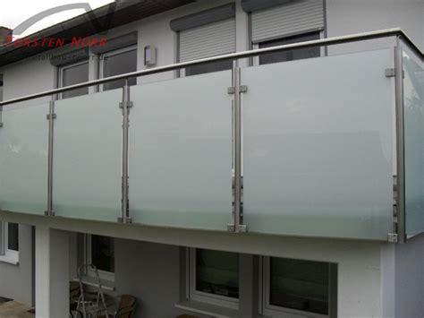 balkongeländer glas onlineshop balkongel 228 nder milchglas torsten n 246 rr schlosserei