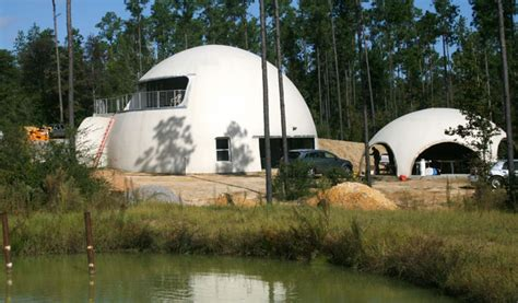 12 dome homes construction