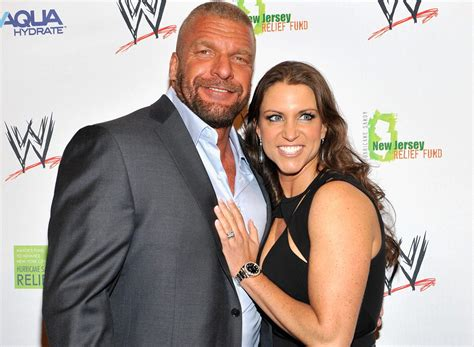 stephanie mcmahon asks triple h to sign the annulment triple h stephanie mcmahon s relationship 5 fast facts